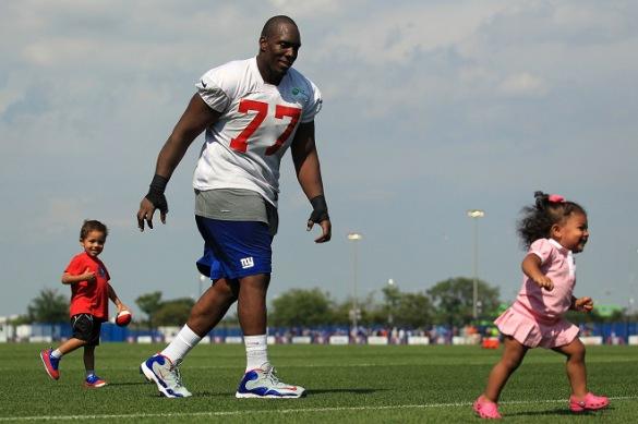 USP NFL: NEW YORK GIANTS-TRAINING CAMP S FBN USA NJ